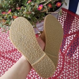 Anthropologie Shoes - *$10 SALE* Anthropologie Urge Leather Sandals